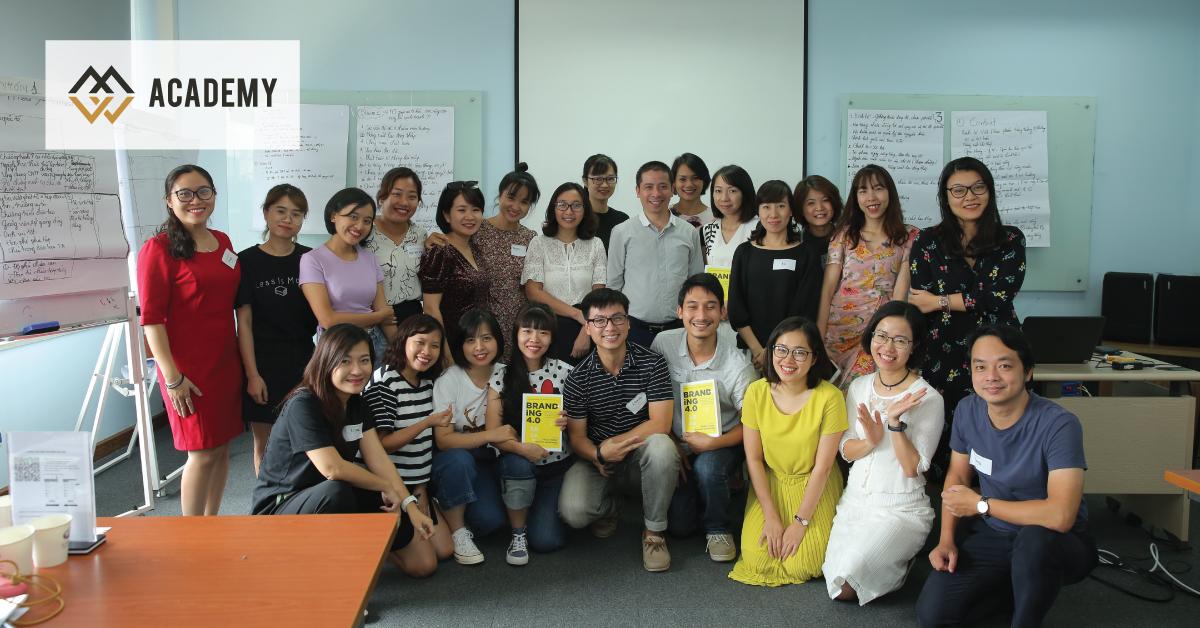 HLV Lại Tiến Mạnh khởi động chương trình CCO cho đội ngũ FPT với học phần Strong Brand Building